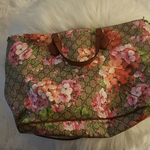 Bag with matching slides